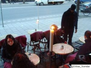 Fleece blankets provided for use at outdoor cafe. (Stockholm)